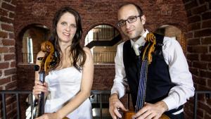 Deux violoncelles